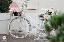 Rower jako kwietnik.