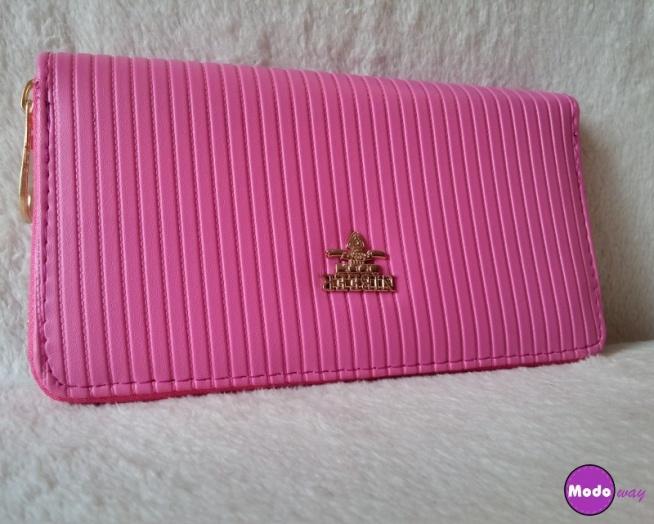 Piękny malinowy portfel dostępny w 3 kolorach :)   Bardzo pojemny :) Wystarczy kliknąć w zdjęcie lub wejść na modoway.pl :)