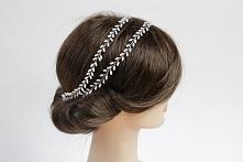 Ręcznie wyplatana opaska do włosów, inspirowana motywami roślinnymi.  Dostępna w sklepie online Madame Allure :)