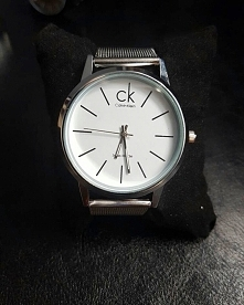 sprzedam zegarek CK na szer...