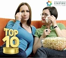 Kobiety oglądające film lub...