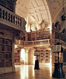 Beautiful Libraries and Boo...