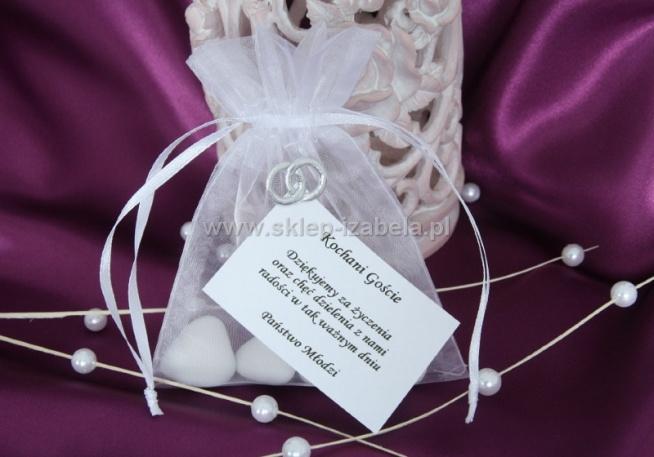 Woreczki na migdały lub czekoladki jako podziękowanie ślubne dla gości weselnych