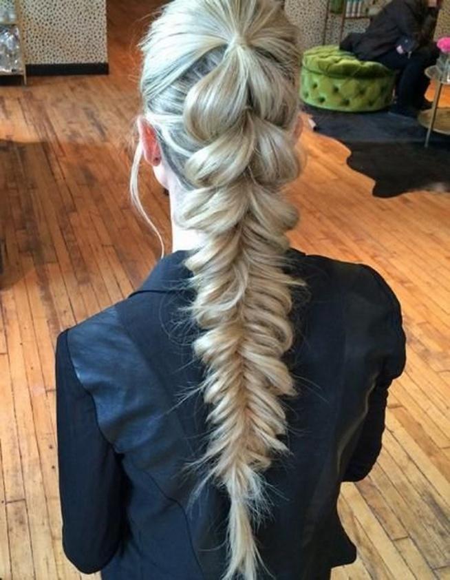 inspirująca fryzura