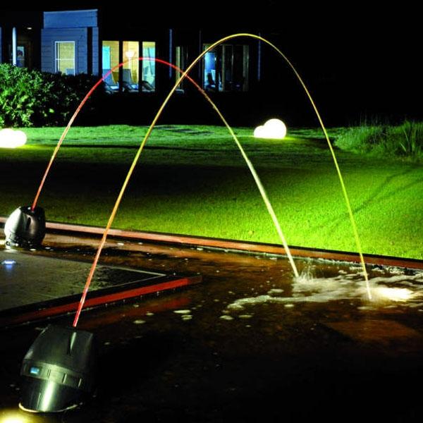 Podświetlany sumień wodny - nowoczesna fontanna