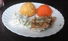 Dzisiejszy zdrowy obiadek. pieczona  w piekarniku ryba, ryż, marchewka i salata :)