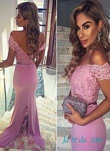 lawendowy kolor sukienka