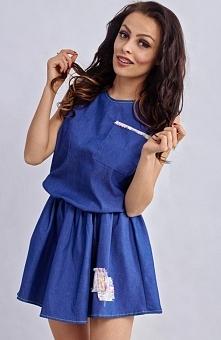 Milu MP108 sukienka Urocza mini sukienka, wykonana z jeansowej tkaniny, w pasie gumka, świetnie układa się na sylwetce