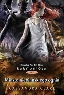 """""""Miasto niebiańskiego ognia"""" to książka-petarda, wybuchowa, niesamowita... Jest godnym zwieńczeniem całej serii """"Dary Anioła"""", wszystkie wątki zostają rozwią..."""