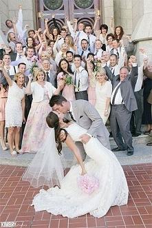 świetne zdjęcie :D chcę takie w dniu ślubu ;)