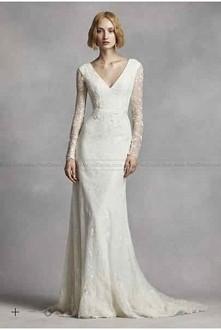 NEW! White by Vera Wang Long Sleeve Lace Wedding Dress VW351270