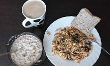 Dzisiejsze śniadanie  ;) nie jestem na zadnej diecie, raczej staram sie zdrowo odzywiac i ćwiczyć zeby zrzucić zbędne kilogramy :)