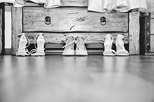 Buty. Ważna sprawa, zwłaszcza dla Pani Młodej:) Więcej na naszej stronie -> lovefotografia.pl