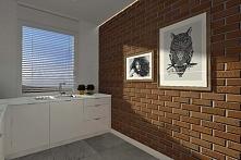 Pomysł na ciekawą aranżację wnętrza kuchni z wykorzystaniem ceglastej ściany ...