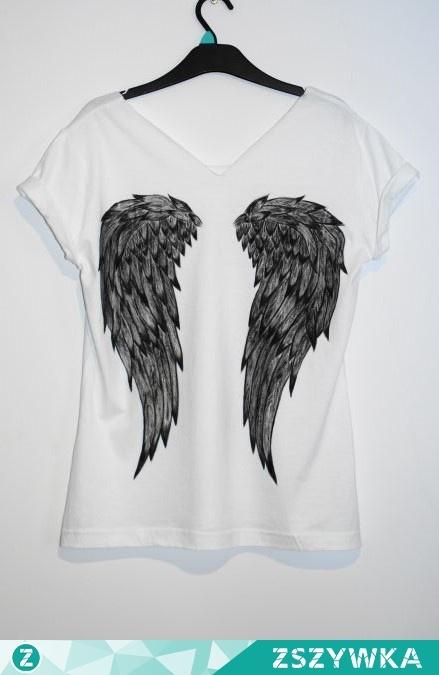 6a96c4830 Wzór na koszulce wykonany niespieralnymi farbami do tkanin :) na ...