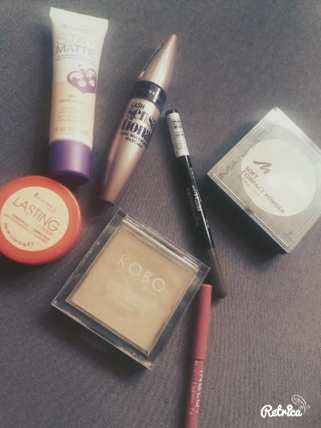 jakich produktow uzywacie do makijazu codziennego? ;D Moj ostatnio codziennie sklada sie z tego ;d