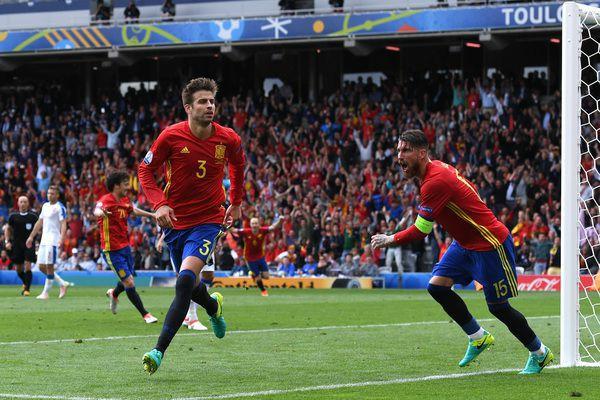 Brawo Pique za piękną bramkę, do boju Hiszpanio!! ;)