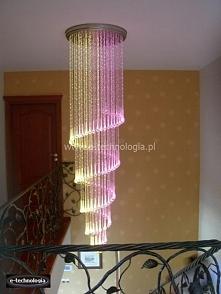 Oświetlone schody - lampy d...