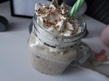 Kawa mrożona z gałką lodów :)
