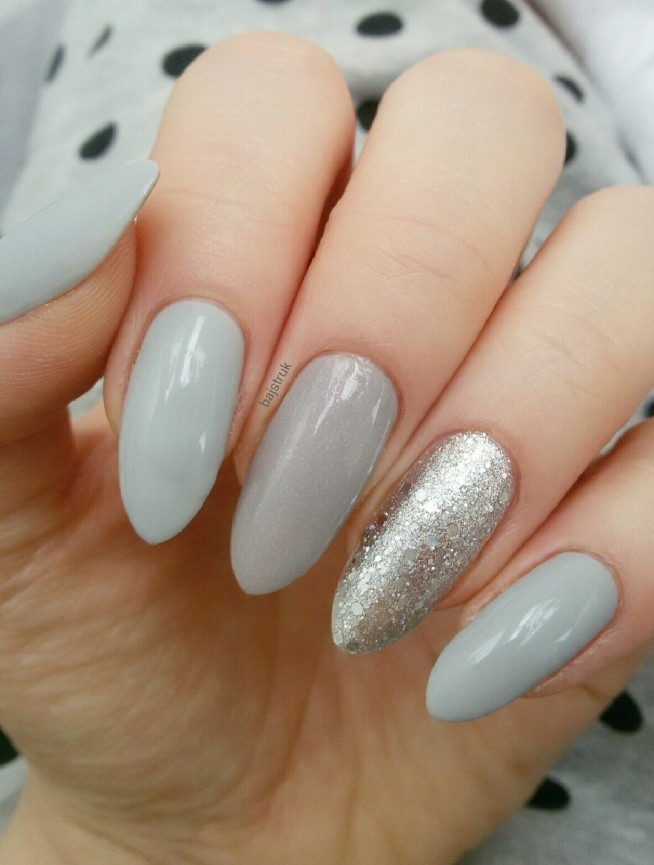 Ados - 567. Essence - colour & go - 142 grey-t to be here. P2 - lost in glitter - 050 end up glamorous! Golden Rose Quick Dry Top Coat.