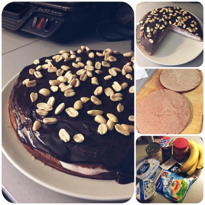 Składniki:   Spód i góra:  ✔️400g białej fasoli  ✔️2 jajka ✔️średni banan  ✔️5g kakao  ✔️80g odżywki białkowej(użyłem czekoladowo-karmelowej)  Krem orzechowy:  ✔️120g masła orzechowego   Krem śmietankowy: ✔️300g serka homogenizowanego naturalnego  ✔️żelatyna  ✔️stewia   Polewa: ✔️15g gorzkiej czekolady (u mnie 90% kakao) ✔️10ml śmietanki 30%  Sposób przygotowania:  1. Wszystkie składniki na spód i górę blendujemy i pieczemy w formie w temperaturze 200 stopni przez około 25 min  2. Masło orzechowe rozrabiamy z ciepła wodą aby uzyskać porządaną konsystencje do smarowania. Serek łączymy ze słodzikiem oraz łyżeczka rozpuszczonej żelatyny.  3. Po wyjęciu ciasta z piekarnika czekamy aż trochę ostygnie i przecinamy je na pół.  4. Kremy układamy w dwóch warstwach po czym bez nakładania górnej części ciasta wkładamy do lodówki na jakoś czas tak aby żelatyna trochę ścięła krem śmietankowy  5. Składamy ciasto, czekoladę razem ze śmietanką rozpuszczamy w kąpieli wodnej i smarujemy nią całą górę ciasta. Posypałam górę orzeszkami ziemnymi, ale to jak kto lubi   Wartości odżywcze na 1/8 ciasta  Kcal: 275,5 B: 24,9 WW: 13,2 T: 13,8   przepis od: Bartłomiej Sitek - Trener Motywator