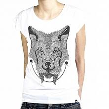 Koszulka z Wilkiem. Zadomowi się w każdym stadzie ;)  Koszulka z wysokogatunkowej bawełny dostępna w trzech rozmiarach (S,M,L)  (szerokość/długość) S - 49/66 M - 51/68 L - 53/72...
