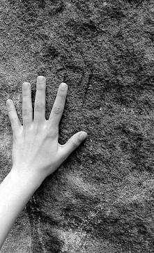Dłoń...