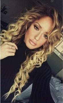 piękna *-* Charlotte Crosby !  jej włosy ♥