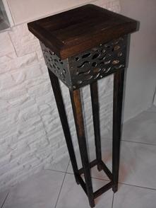 Stolik lub kwietnik - co kto woli w stylu ShadowByWood mojego autorstwa