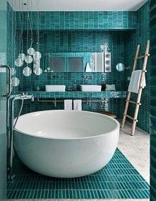 Fantastyczne wanny, które zamienią Twoją łazienkę w raj relaksu. Zobacz więce...