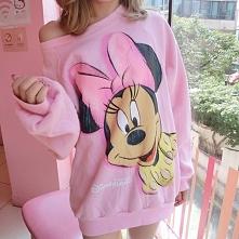 Różowa bluza Mickey Mouse. ...