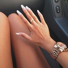 Preferujecie dlugie paznokcie? Czy raczej przeszkadzaja w roznych czynnosciach?