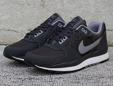 nike-air-windrunner-tr-2-anthracite-stealth-02