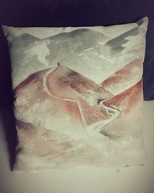 góry; RĘCZNIE MALOWANA poduszka dekoracyjna; możliwość wykonania na zamówienie :) PassionArts