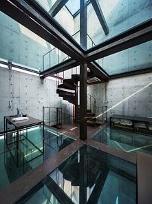 Szklane wnętrze domu to wnętrze, w którym nic się nie ukryje. Zobacz i zainsp...