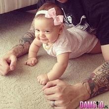 Tatuś z córeczką:)