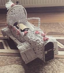 auto wykonane na prezent ślubny zamiast kwiatów:)