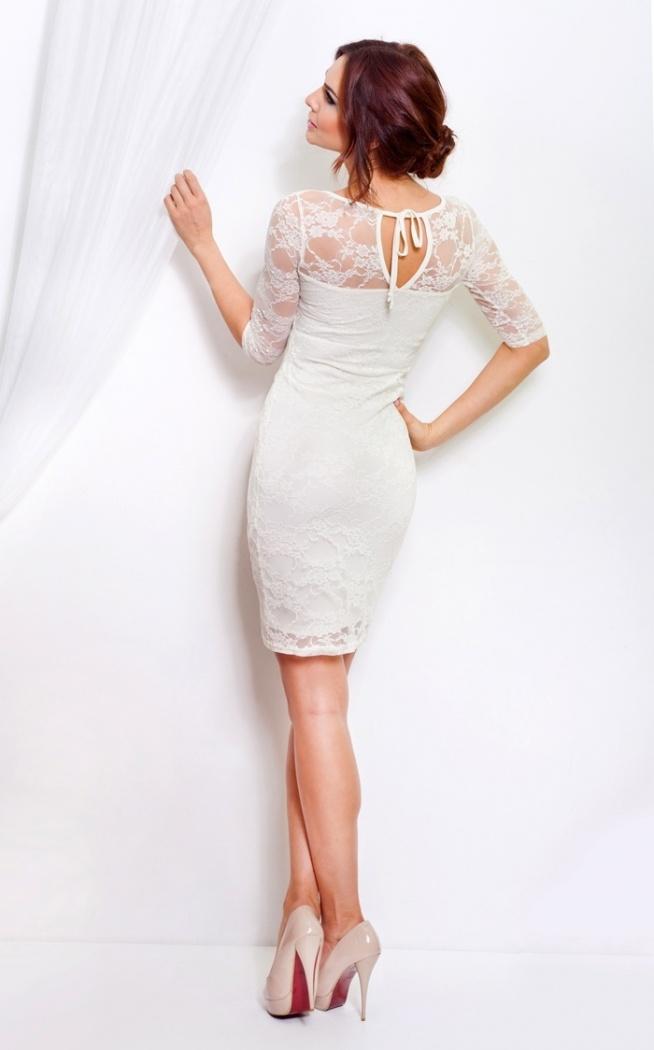 Koronkowa sukienka wykonana z wysokiej jakości materiałów. Z połyskującą nitką. Ecru.  Sklep Allettante.pl