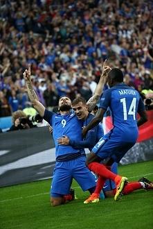Francja - Islandia  5 : 2  No to Francuzi pojechali po bandzie xd Jedno trzeb...