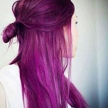 ciemny róż / ciepły fiolet hairstyle