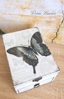 Motyl <3