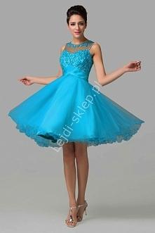 Tiulowa sukienka z koralika...