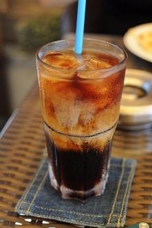 Kawa mrożona po tajsku: kli...