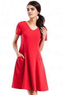 Moe MOE233 sukienka czerwona Wizytowa sukienka, taliowany fason, z krótkim rękawem