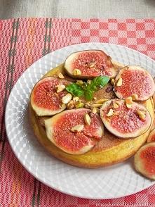 omlet na kalafiorowym puree