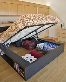 Schowek pod łóżkiem