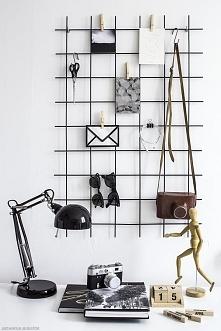 Organizer na ścianę nad biurkiem DIY