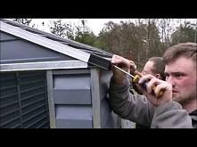 Montaż domku narzędziowego plastikFilm przedstawia jak wygląda krok po kroku montaż domku narzędziowego z plastiku.owego Skylight Palram