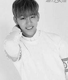 His smile makes me happy ❤