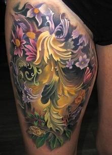 tatuaże na udzie iluzje